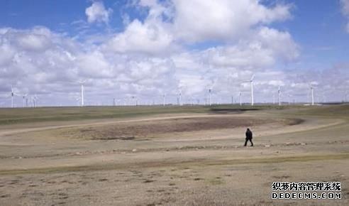距今900万年,内蒙古发现密集玛珥式火山口群