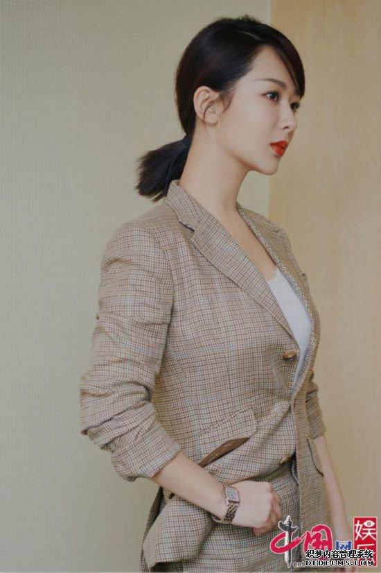《烈火英雄》《沉默的证人》杨紫霸屏暑期档反差演技获业内肯定